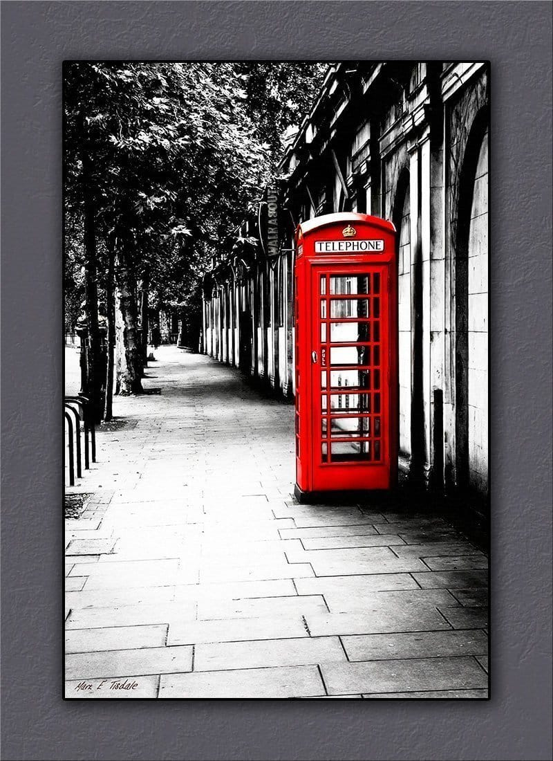 Red Telephone Box Canvas Art Print